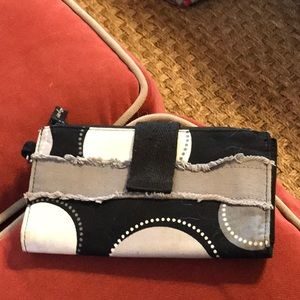 Thirty One Wallet.